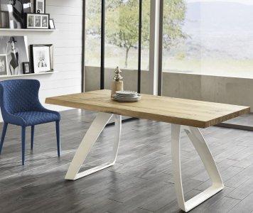 Tavolo in legno di rovere allungabile con gambe in metallo bianche | Gardinistore