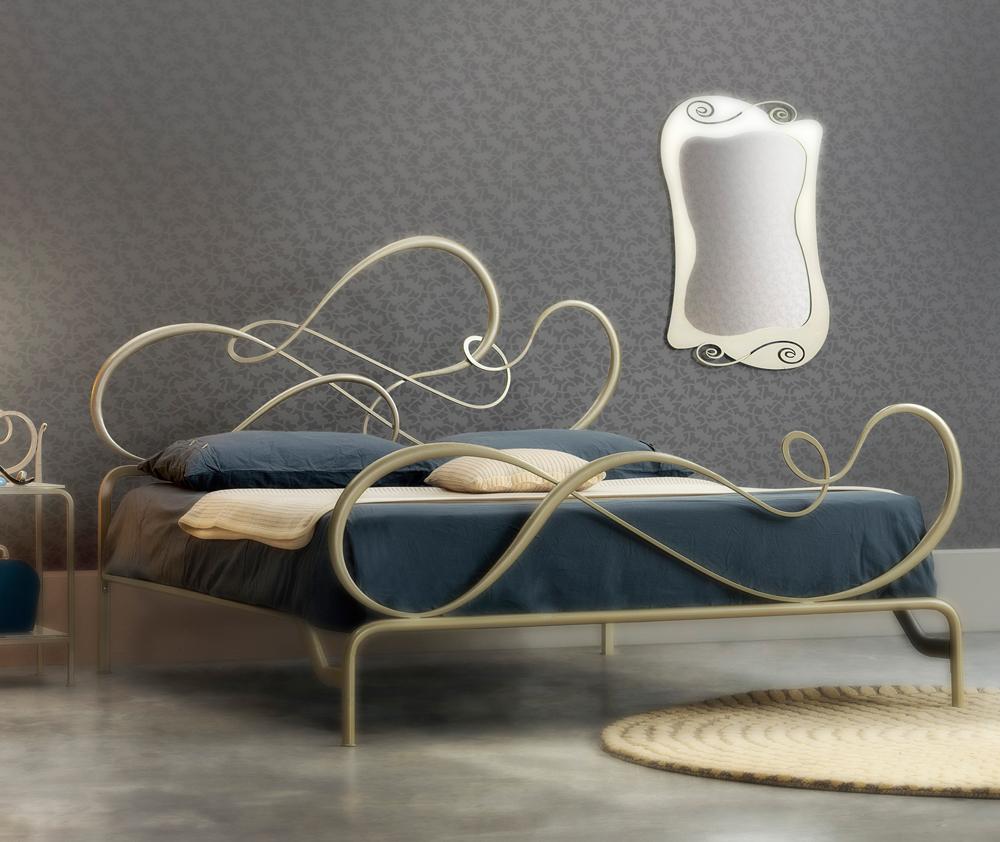 Letto blues blues letto matrimoniale moderno con cuscini imbottito letto blues in legno di - Testa del letto ...