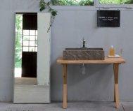 Bagno in rovere con piano in pietra vintage