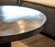 Tavolino tahir in alluminio